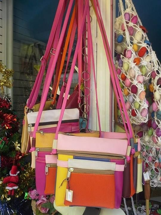 Eye-catching bags, made from recycled leather, by a community group on the Thai-Lao border. www.familytree-huahin.com