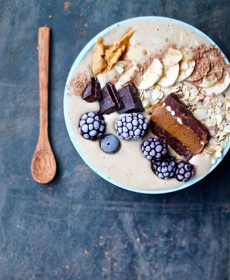 """Gefällt 70 Mal, 6 Kommentare - Sunsol Muesli (@sunsol_muesli) auf Instagram: """"Good morning, breakfast lovers! Here is our favourite PEANUT BUTTER smoothie recipe, just for you:…"""""""