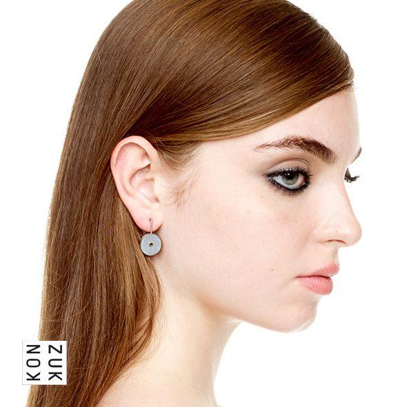 KMe216 Discus Concrete Earrings
