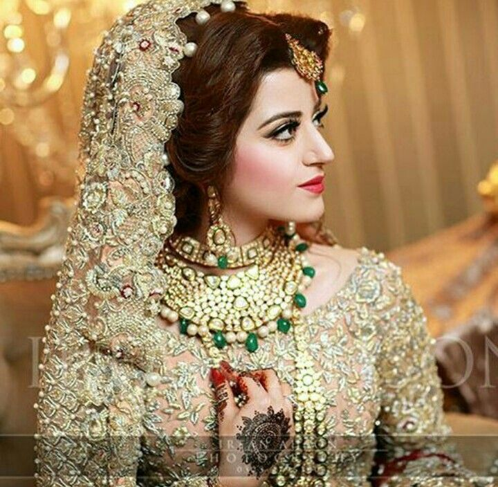 Extreamlyyy gorgeous pak bride