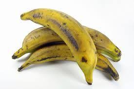 #IdeaNutritiva El #Plátano #Macho es una fruta con un elevado contenido de hidratos de carbono complejos (almidón), por lo que no se recomienda consumirlo crudo; sin embargo es muy rico en minerales como el potasio, magnesio, hierro y betacarotenos; casi no contiene sodio y aporta cantidades importantes de vitaminas B, C y E, ácido fólico y fibra , por lo que se trata de una fruta sumamente benéfica.