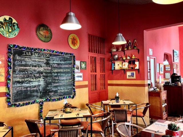 LA COCINA DE PEPINA, a colorful little restaurant where excellent home-cooked food rules.