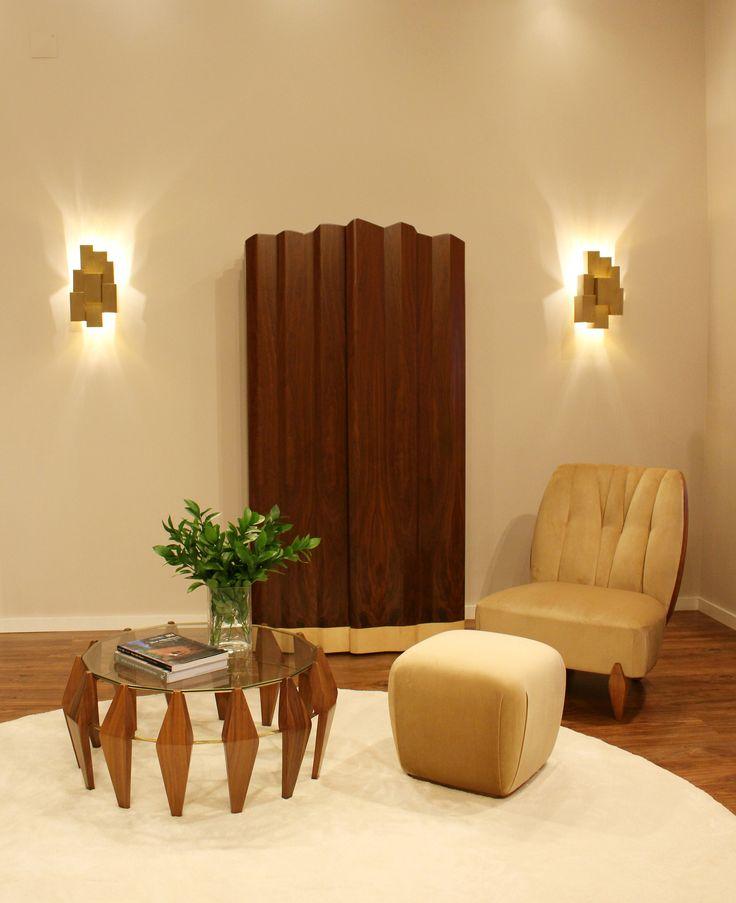 INSIDHERLAND showroom open to professionals. JSB #insidherland #jsb #exclusivefurniture #luxurylighting #interiordecor #decor #interiors #home #showroom #portuguese #design #art #newcatalogue #luxurymaterials #brass #velvet