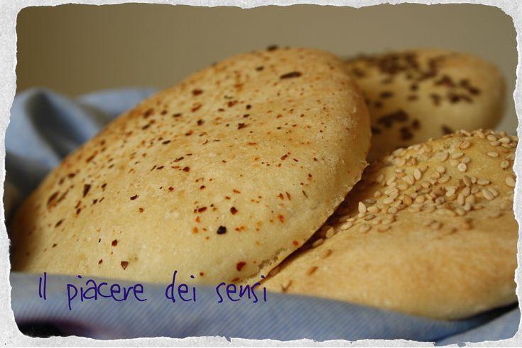 %%Inuovolpiaceredeisensi.altervista.org/blog/feed%% Pane al kamut con sale rosa dell'Himalaya Con questa semplice ricetta si può ottenere in poche mosse un ottimo pane al kamut, molto versatile! Spazio alla fantasia: divertitevi a impreziosire il vostro pane al kamut con semi di sesamo, di lino, di