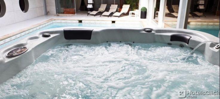 25 migliori immagini hotels france su pinterest hotel francia e festivit. Black Bedroom Furniture Sets. Home Design Ideas
