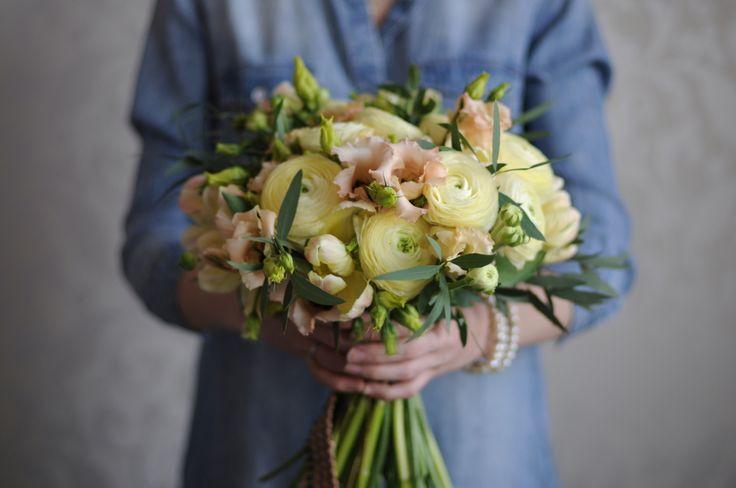 Букет из ранункулюсов / Ranunculus bouquet
