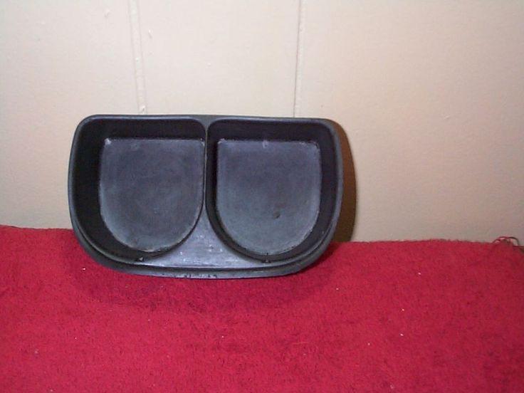 96-99 SATURN SL2 Center Console cup holder INSERT black plastic oem 21041753 #SATURNSL2CUPHOLDERINSERT