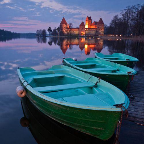 Lake Galve, Trakai | Lithuania (by Vaidotas Misekis)