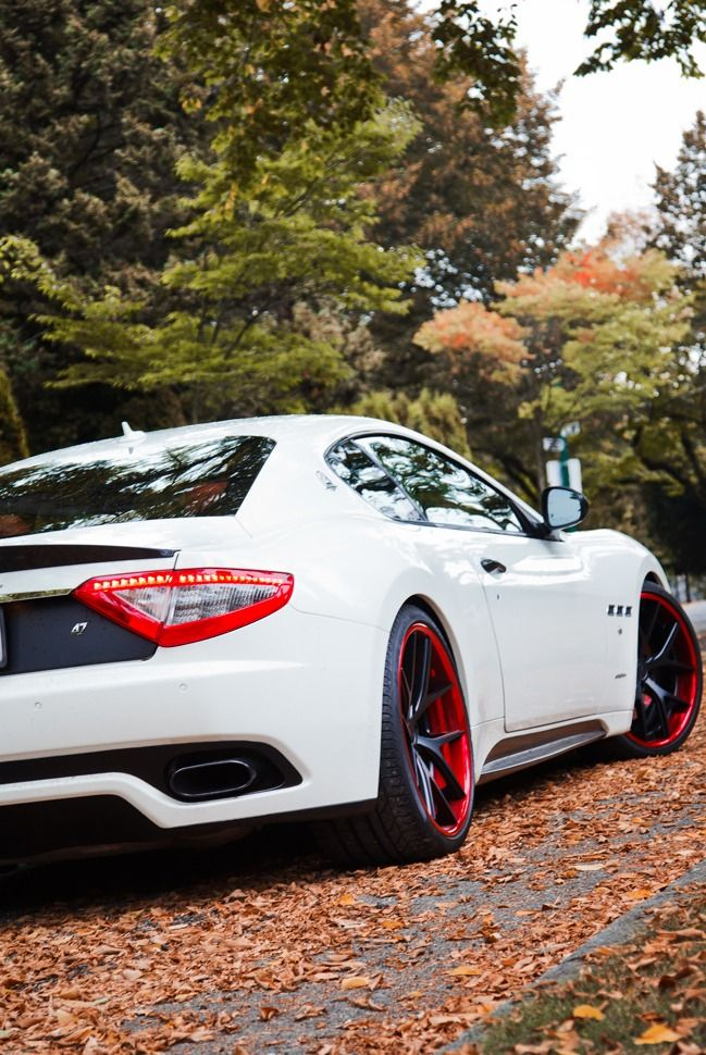 Beautiful Maserati! I love the hints of red on the inner part of the rims and lining the rear lights.