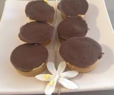 Recipe Mini Caramel Slice by juliamitchell - Recipe of category Baking - sweet