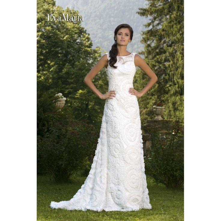 Svadobné krajkované šaty s holým chrbtom Kasia