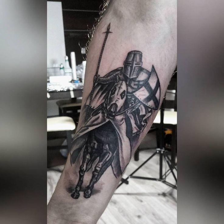 Crusader  #tattoos #tattoo #tatted #artisttattoo #arte #art #artist #crusaders #ink #inked #instatattoo #tatuaz #krzyżacy #tattooart #horsetattoo @k.dumka #polishtattoo   #drawing #drawingtattoo #insta #instadrawing #instatattoos