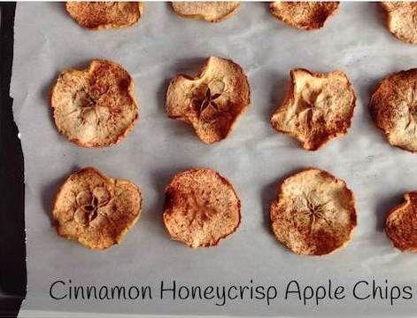 Cinnamon Honeycrisp Apple Chips | Holley Grainger Nutrition @holleygrainger