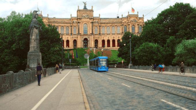 Tram 19 Stadttour