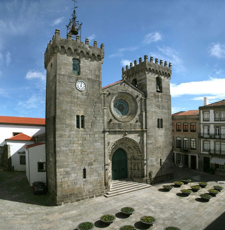 Welcome to Viana do Castelo and Enjoy your Holidays in Portugal visit our website: http://www.enjoyportugal.eu/#!minho/cptu #Sé #Parish Church #Portugal
