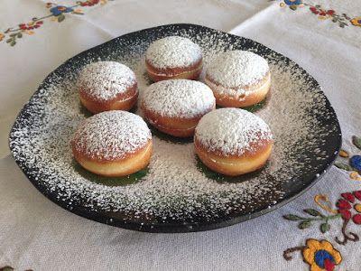 HOMEMADE SLOVENIAN FOOD : PUSTNI KROFI - SLOVENIAN CARNIVAL DOUGHNUTS