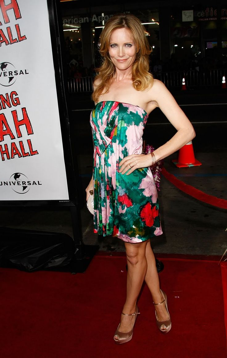 Leslie mann maxi dress