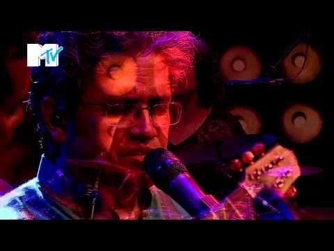 Indian Ocean performing Kandisa at #MTVUnplugged.