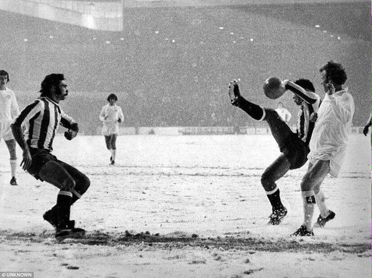 28th November 1973. Billy Bremner is pictured in a UEFA Cup 3rd Round 1st Leg tie against Vitoria Setubal. The Portuguese outfit had a player sent off while Peter Lorimer missed a penalty for Leeds