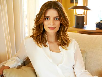 Mischa Barton spills the beans about her past life!