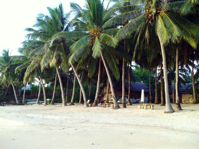 Selayar Island Resort. At baloiya beach.
