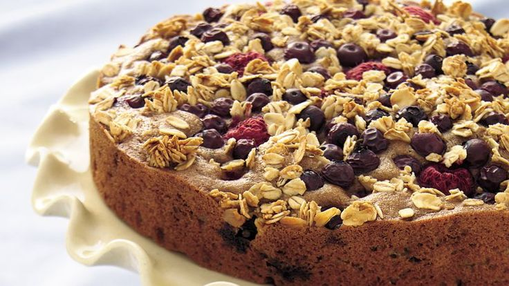 Betty Crocker's Diabetes Cookbook and Heart Healthy Cookbook share a recipe!  Enjoy an easy-prep coffee cake bursting with berries and fiber, too!