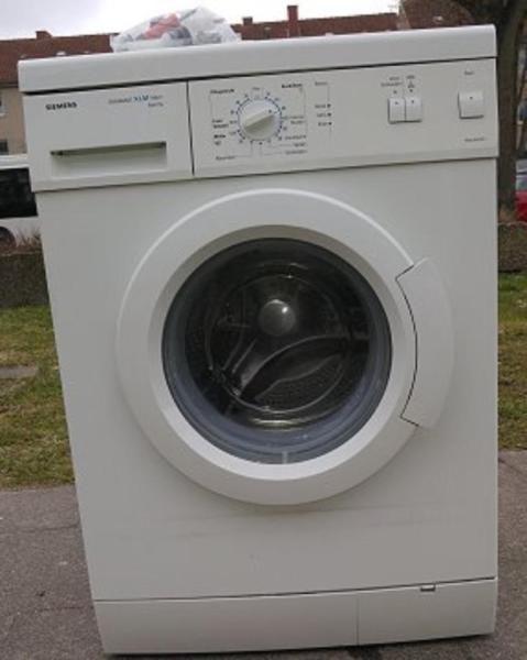 Super Siemens Waschmaschine in Lübeck mit Garantie zu verkaufen  Lieferung, Entsorgung des Altgerätes möglich  XXXXXXXXXXXXXXXXXXXXXX  Impressum  Waschmaschinenwelt Michael Möller Tel. 015234279121 Ostpreussenring 4 23569 Lübeck (Kücknitz) Mail: moellers@waschmaschinenwelt.de  (Finanzamt Lübeck)