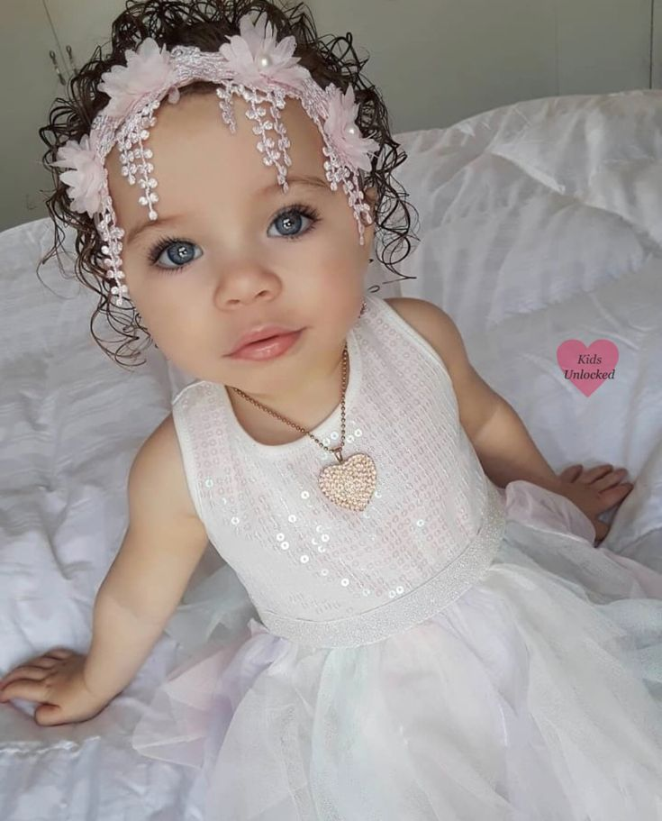 Elannie • 2 ans • Portoricain, Dominicain et Irlandais ♥ ️ Suivez instagram ….   – Adorable Munchkins!