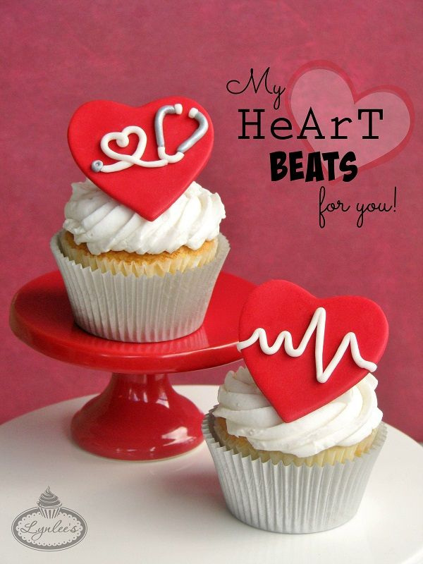 Celebrate the one who stole your heart, promote good heart health or give thanks to health professionals in your life, follow this fondant tutorial for American Heart Month.