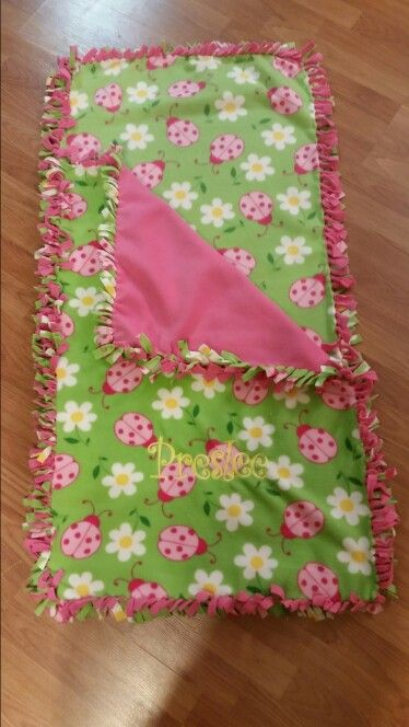 No sew nap mat for toddler.  2 pieces of 1 1\2 yards of fleece.  Quick and easy!