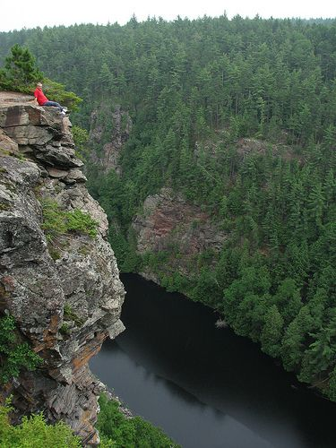 Barron Canyon, Algonquin Park... whether you are hiking it or kayaking it ... its gorgeous. This is a beautiful spot to sit in the autumn!