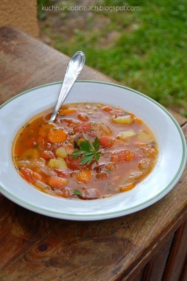 Kapuśniak z białej kapusty z pomidorami - http://www.mytaste.pl/r/kapu%C5%9Bniak-z-bia%C5%82ej-kapusty-z-pomidorami-60284842.html