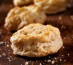 Glutenfreie und kalorienarme Backrezepte: Protein-Cookies mit Haferflocken und Zimt  Verzichten Sie trotz Diät oder Low Carb nicht auf leckere Plätzchen in der Weihnachtszeit. Wie das gehen soll? Ganz einfach - mit leckeren Low Carb Keksrezepten! Wir empfehlen diese kohlenhydratarmen Protein-Cookies mit Haferflocken und Zimt.