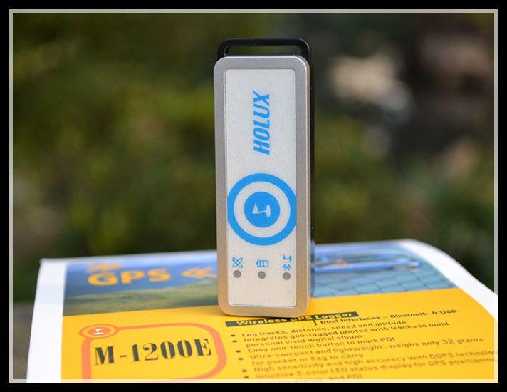 Holux M-1200E Wireless Bluetooth MINI GPS Receiver POI Data Logger recorder with ezTour Geo-photo shows tracks on Google map
