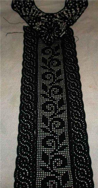 ensamblado de cuello y parte central vestido negro 1