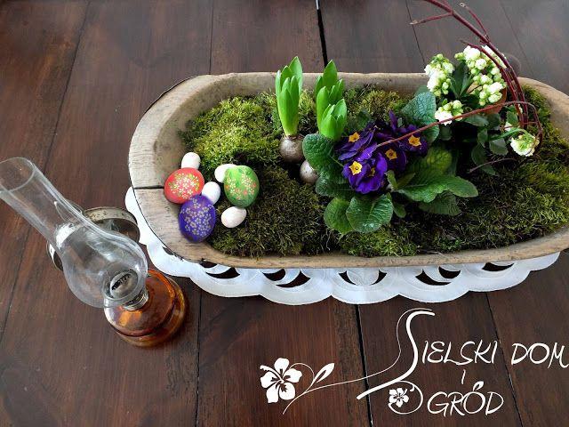 Wielkanocna dekoracja na stół. Easter decoration.