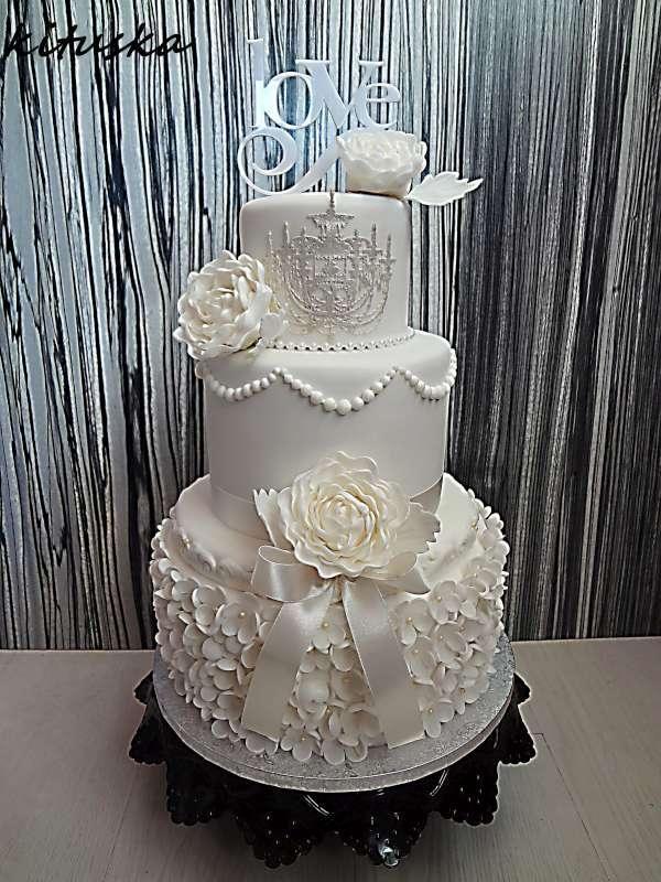 svadobná biela nevesta , svadobné torty | Tortyodmamy.sk