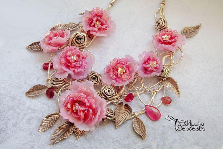 """Купить Колье-воротничок """"Розовая рапсодия"""" - розовый, пионы, фуксия, колье-воротник, колье для девушки"""