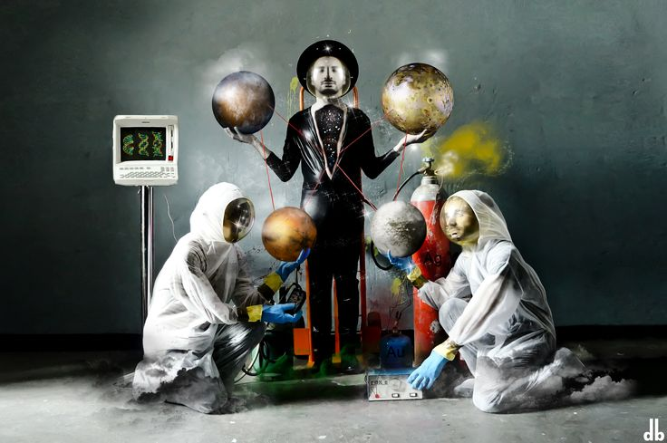RECOMBO DNA  #artwork #planets #dorothybhawl #jurymagliolo #carlopoddighe #stars #planets #io #europa #iapetus #mars #silver #gold
