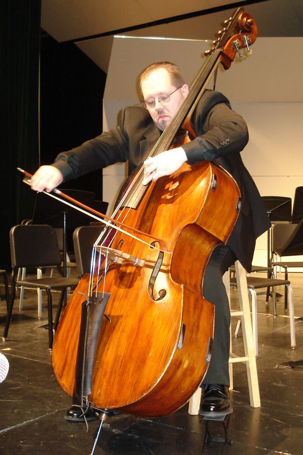 1000 images about double bass on pinterest edinburgh festival orchestra and wedding ceremony. Black Bedroom Furniture Sets. Home Design Ideas