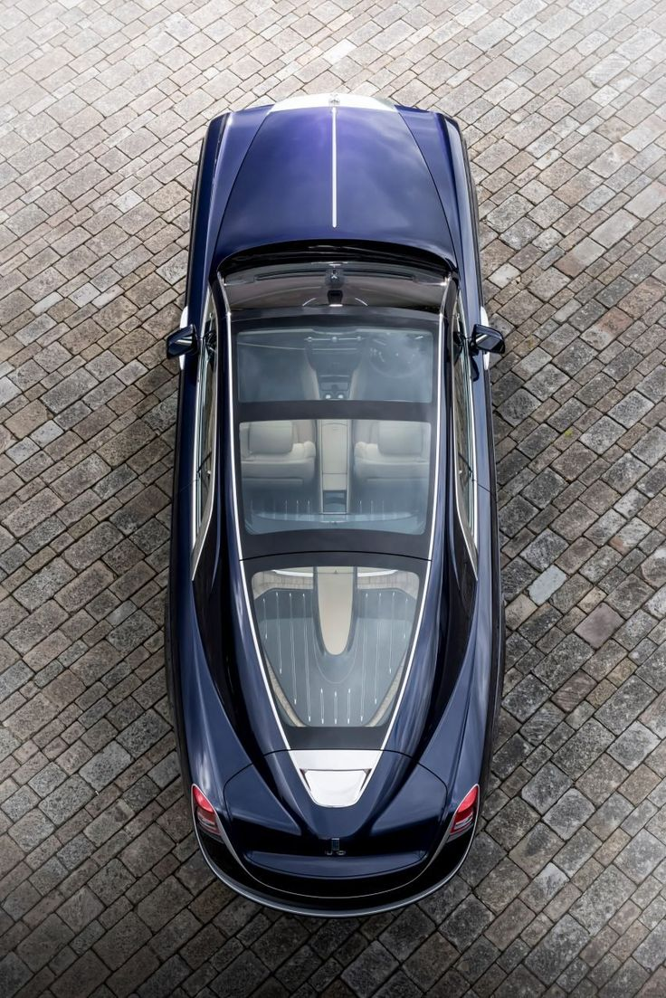 The Sweptail, unveiled at the Concorso d'Eleganza at Villa d'Este car event in Lake Como, was commissioned by a private client, who came to the company with an idea for a one-off car inspired by Rolls-Royces from the 1920s.