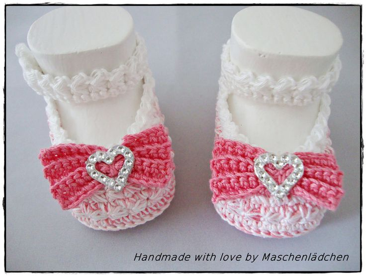 1000 images about sapatinhos de beb ii on pinterest crochet baby knitted baby and baby booties