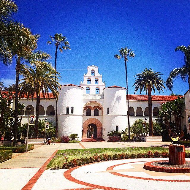 "@adrianaz210's photo: ""Hasta la vista Aztecs 4 life #SDSU #SanDiego #School #LaRaza #Aztecs #California #Lastweek #historicschool #diversity #nuestradiversidad #border"""