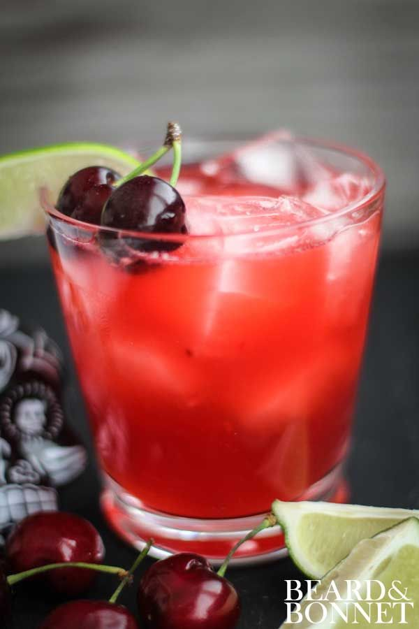 Fresh Cherry & Lime Margarita And 50+ Cinco de Mayo Margarita Madness Recipes {Beard and Bonnet}