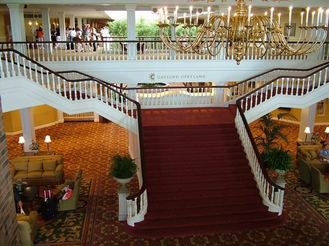 Nashville -- Gaylord Opryland hotel staircase