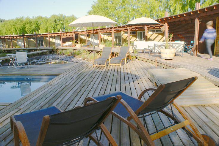 nuestra terraza y piscina para pasar un weekend en www.barricalodge.cl - Sta Cruz