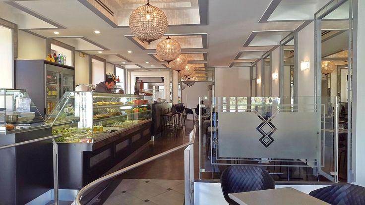 En lieu et place de l'Univers, l'ancien restaurant étoilé de Christian Plumail, se trouve désormais L'Empire, un établissement gourmand au concept novateur porté par une famille niçoise.