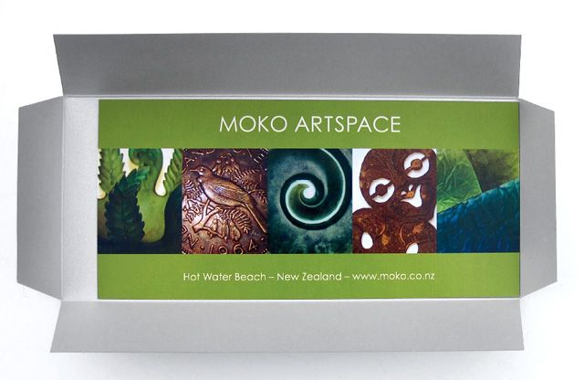 Can't decide what to give this Christmas?? A gift voucher for NZ art from Moko makes for the perfect gift!