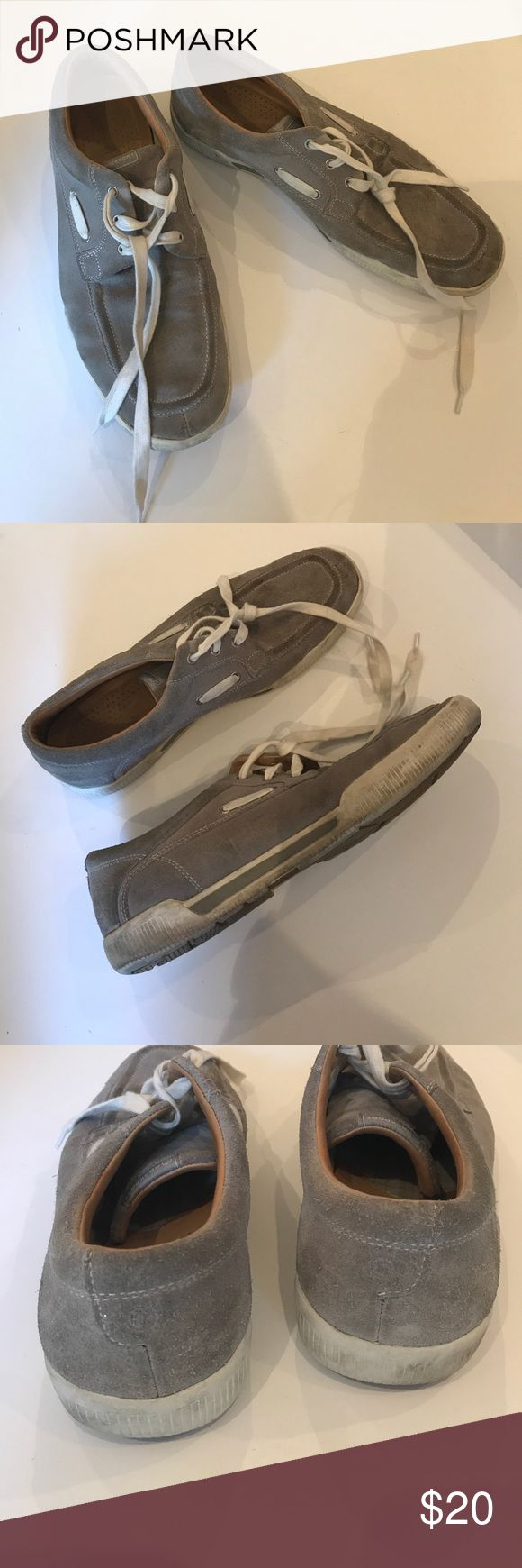 Men ROCKPORT Suede Lt Gray Boat Snicker Shoes 11 Men ROCKPORT Suede Lt Gray Boat Snicker Shoes 11. Can use some cleaning, otherwise in good condition. Rockport Shoes Boat Shoes