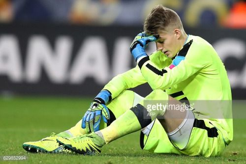 03-08 Rennes goalkeeper Paul Nardi reacts during a French League... #licciananardi: 03-08 Rennes goalkeeper Paul Nardi… #licciananardi